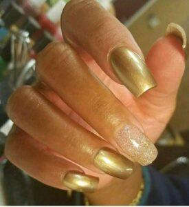 Gold Nails photo for carousel